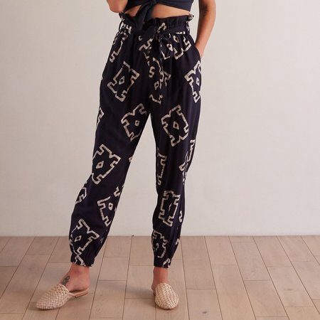 THE ODELLS Tie Front Jogger - Crete