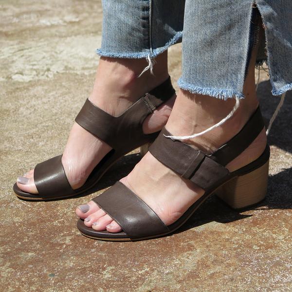 roberto del carlo hula sandal