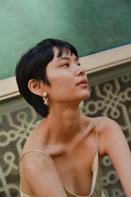 SVNR Nassau Earrings - Mother of Pearl/Shells