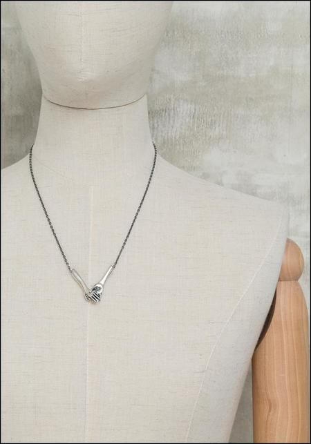 Captve Clasping Hand Necklace - Silver
