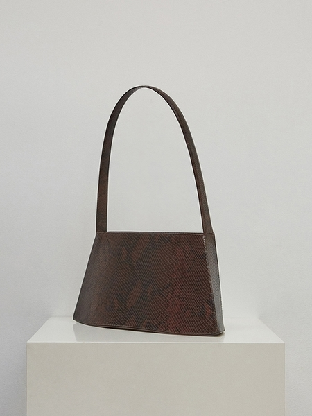 Low Classic Curve Bag - Python