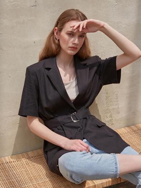 LOEIL Belted Linen Half Jacket - Black