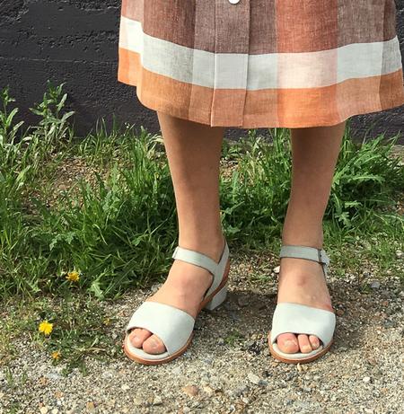 no 6 leo sandal