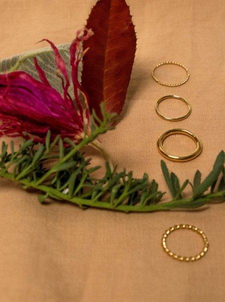 EMBR Jewellery 1.5 MM half light ring