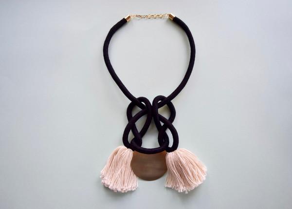 Lise Silva/Sacred Knots - Sunset Collar
