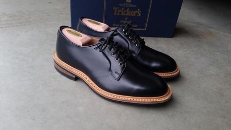 Tricker's Shell Cordovan Robert Derby Shoe - Black