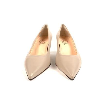AGL D163002 Pointy Toe Pump - Nude