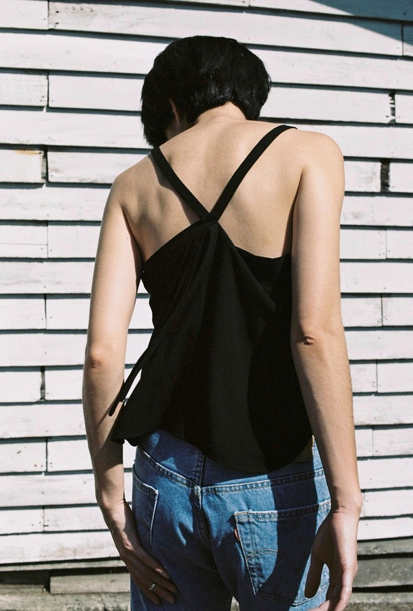 Assemly Strap Top - black