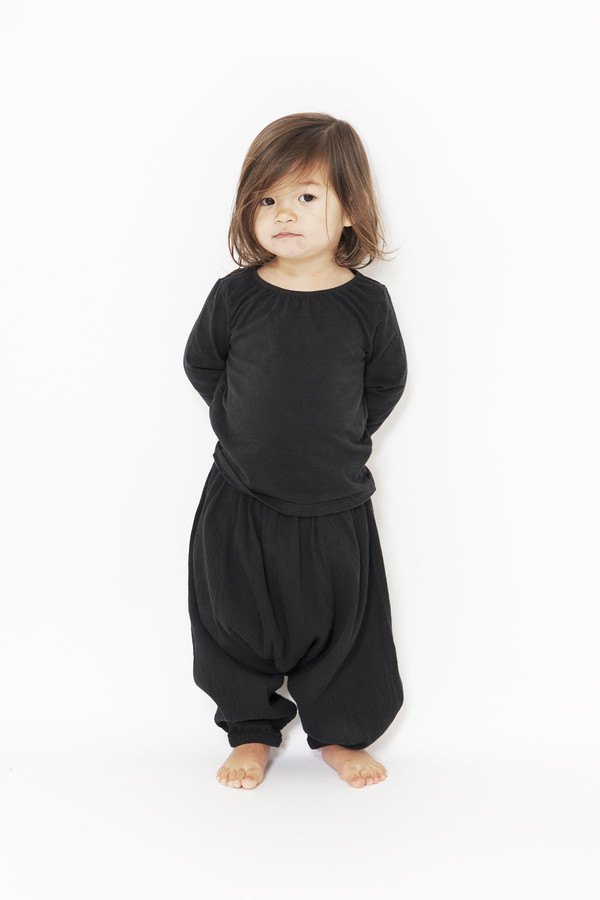 Black Crane Kids Accordian Pants (Black)