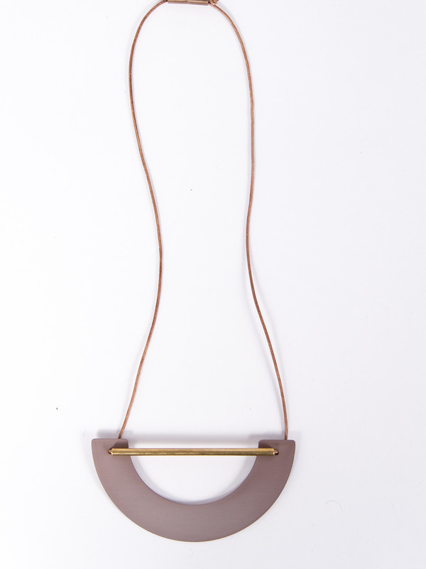 Ladies & Gentlemen Big Arch Necklace Mauve