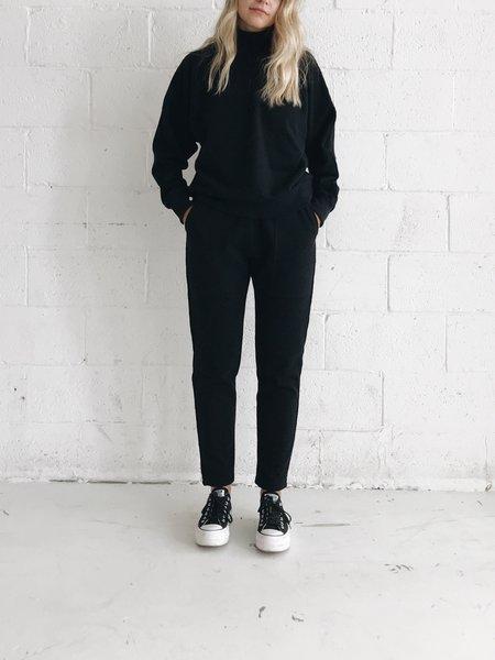 Odeyalo Sala Sweatshirt - Black