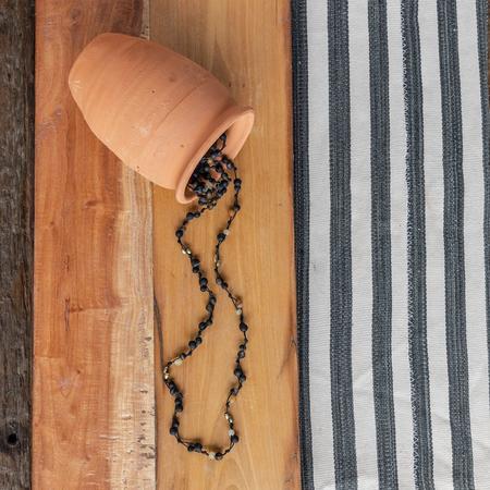 Hom Art Fishingline Necklace - Horn/Black