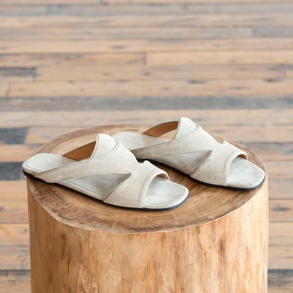 Alumnae Tunisian Slide Sandal