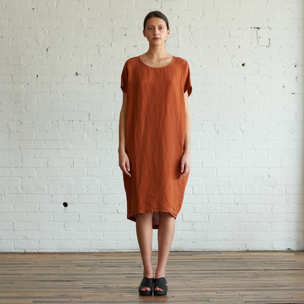 Black Crane Pleated Cocoon Dress Brick