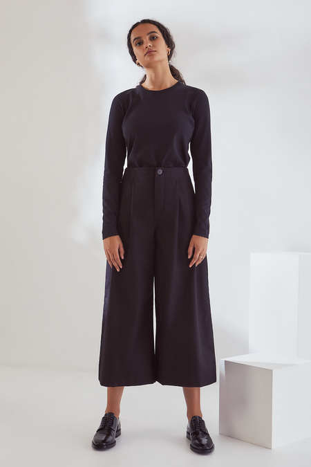 Kowtow Atelier Culottes in Black Canvas