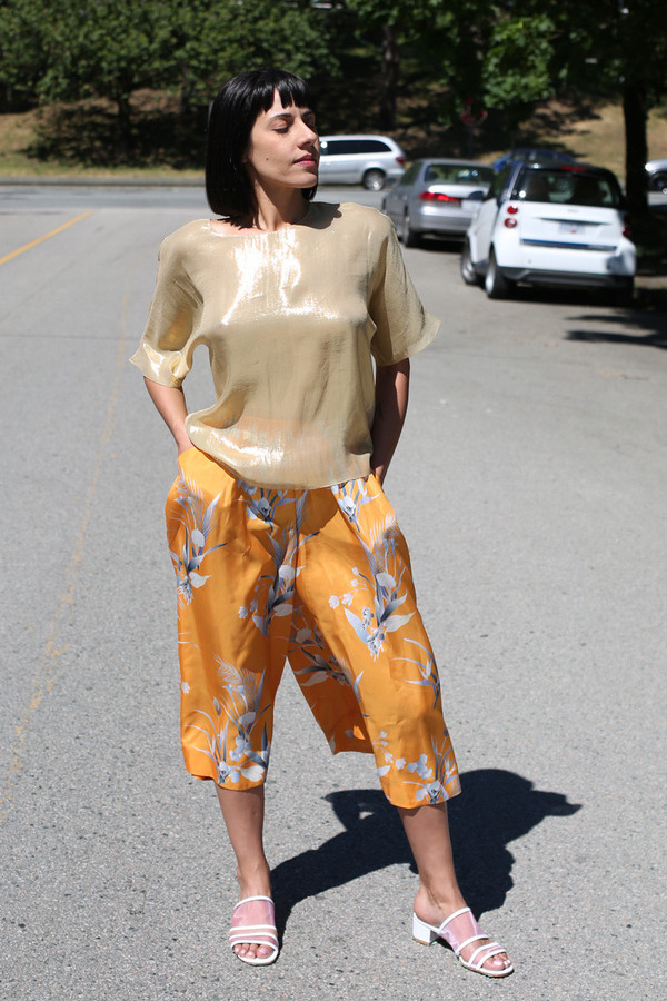 RHOI GOLD EVER TEE