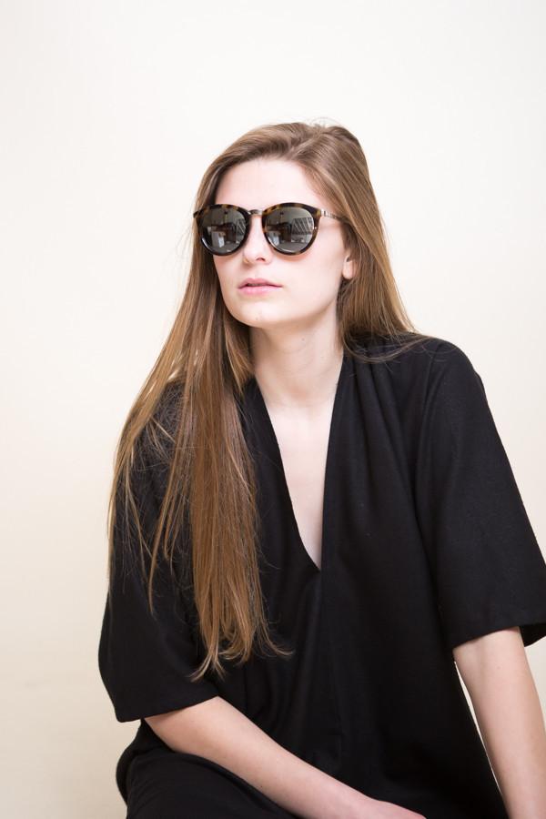 Le Specs No Smirking Sunglasses / Milky Tort