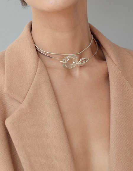 Cled Avens Choker Necklace