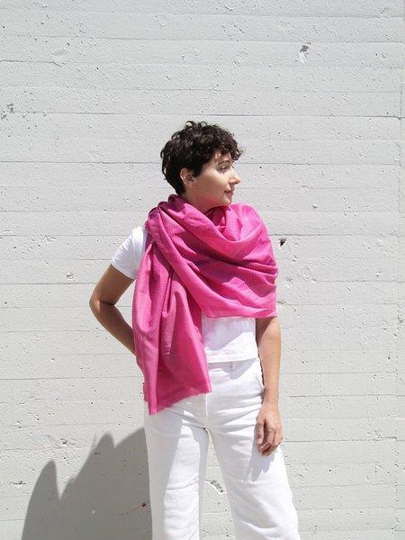 block shop fan scarf - fuchsia