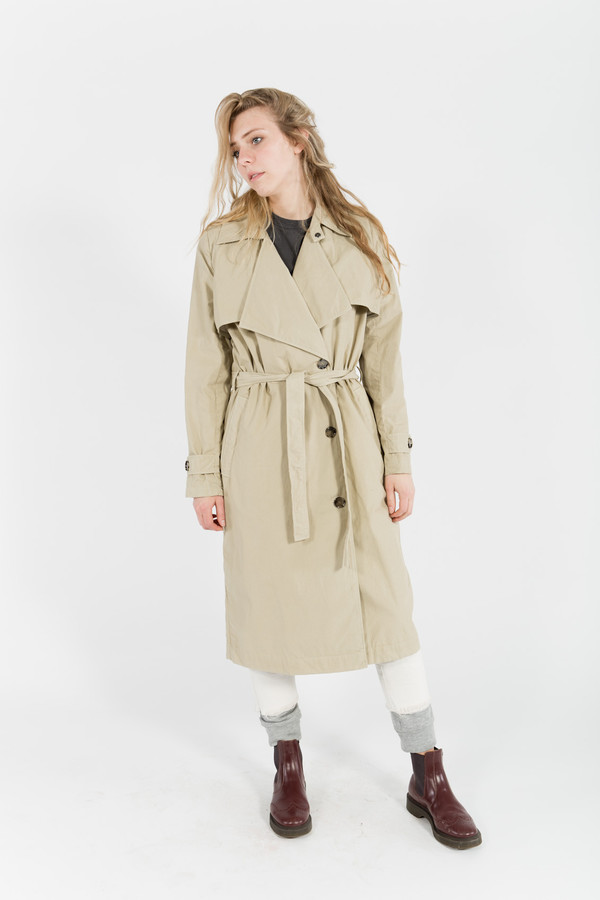 Won Hundred Jessica Trench