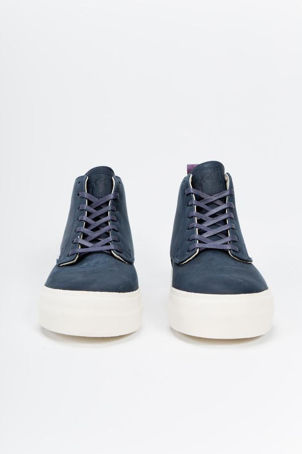 Unisex EYTYS Odyssey Nubuck Sneaker