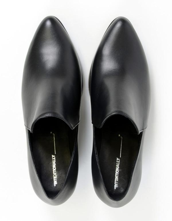 Intentionally Blank Meds Loafer Black
