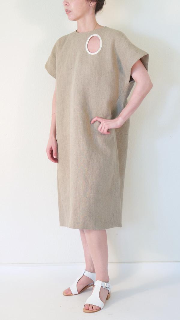 A Détacher Douro Dress in Natural Linen