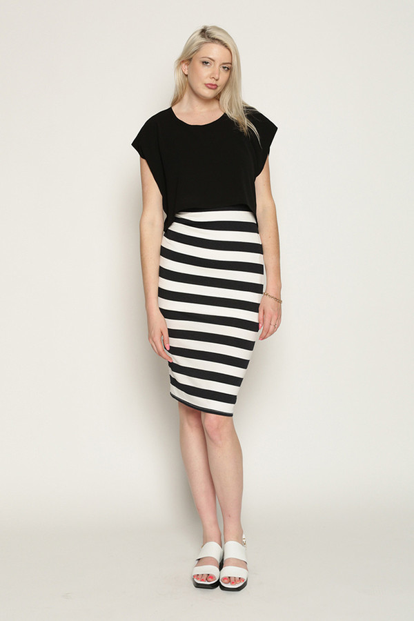 Eve Gravel Banana Split in Black with Stripes