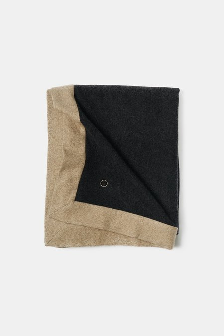 Oyuna Etra Heavyweight Timeless Luxury Cashmere Throw - Charcoal/Melange Taupe