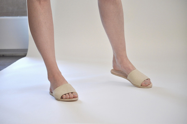 The Palatines Caelum slide sandal - beige hex leather