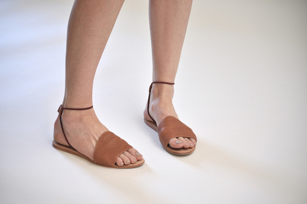 The Palatines Refero Sandal - Rust Leather with Wine Elastic