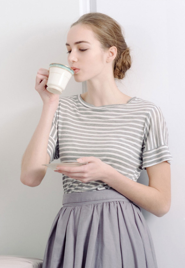 Vestige Story Meringue Premium Tee