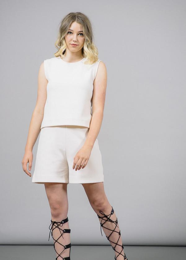 Storm & Marie Morris Short in White