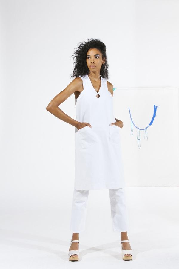 Carleen Diamond Neck Dress - White