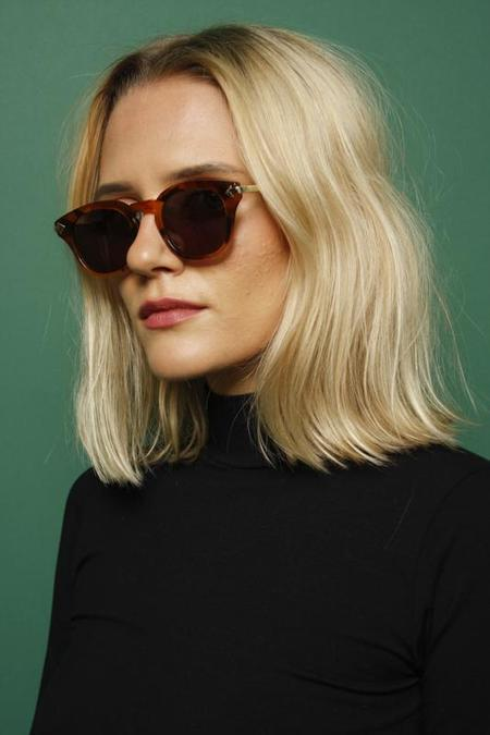 KAREN WALKER MONUMENTAL - NUTTY TORTGREEN MONO