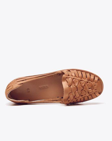 Nisolo Ecuador Huarache Sandal - Almond