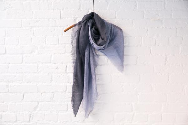 Pomandere linen scarf