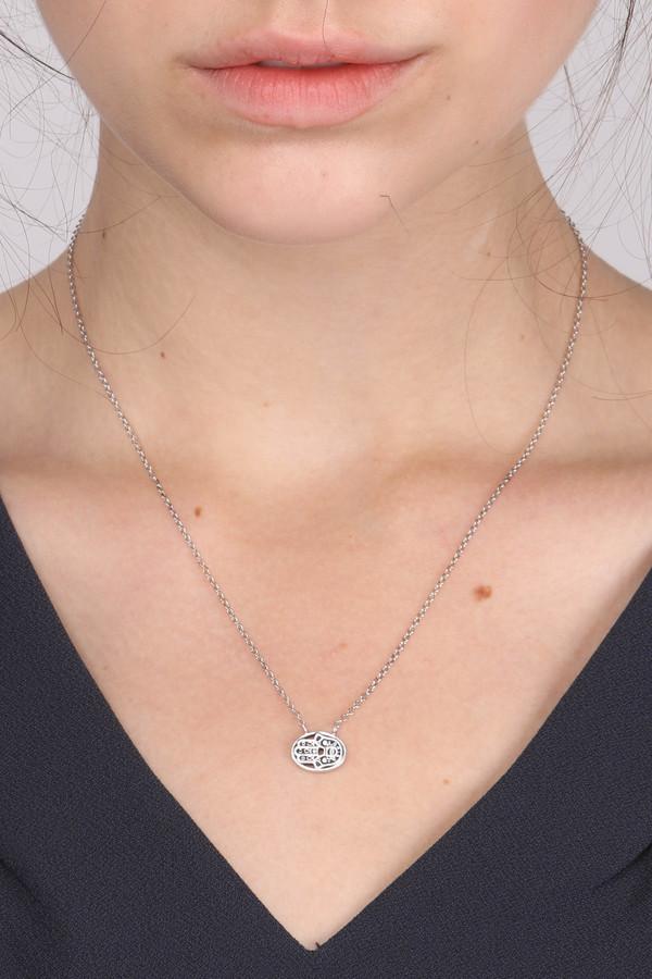 Oliver Kelly Mini Hamsa Necklace