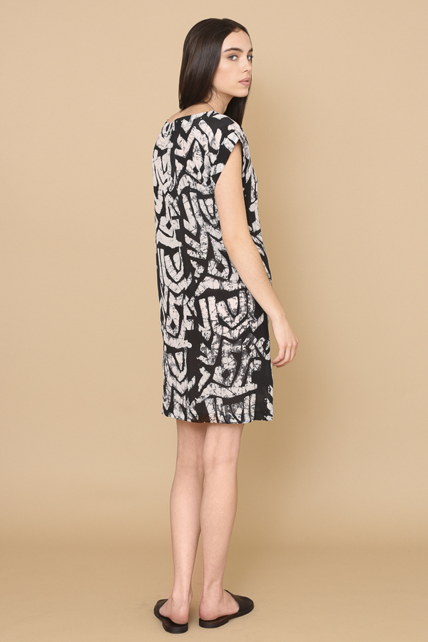 Osei-Duro Deni Raglan Dress in Labryrinth