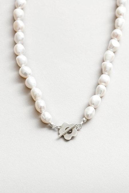 Wolf Circus LOLA PEARL NECKLACE