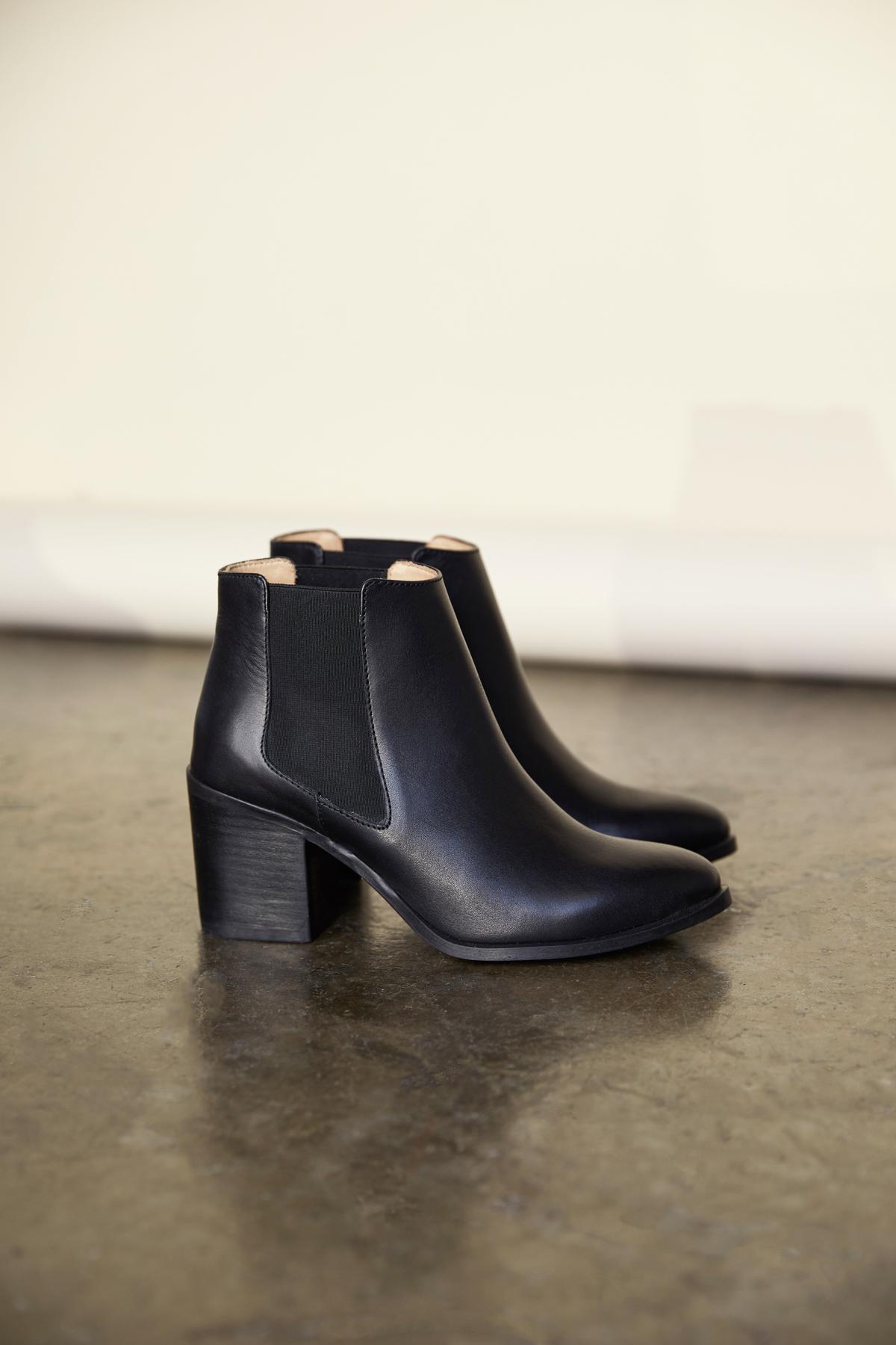black high heel chelsea boots