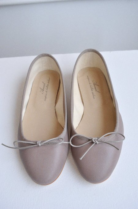Anniel Classic Ballet Flat - Topo