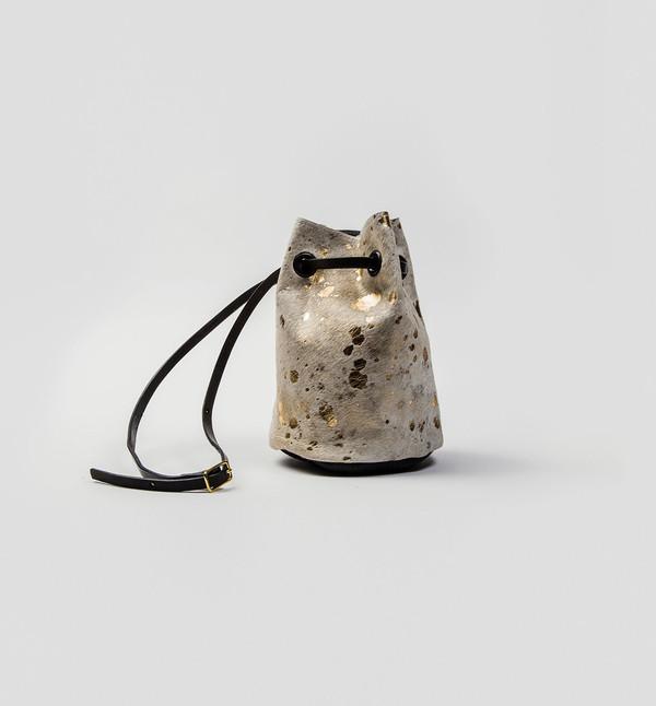 CHC Gold Cinch Bucketbag