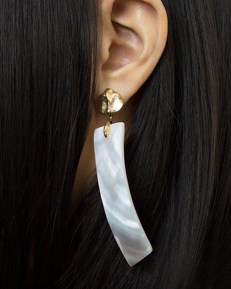 Ora-C Blanche Earrings