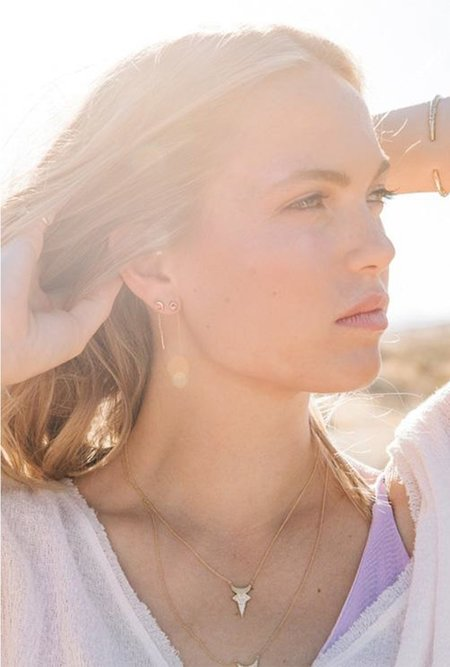 Fie Isolde Alfa Threader short Earring - 14k yellow gold/dark pink sapphire