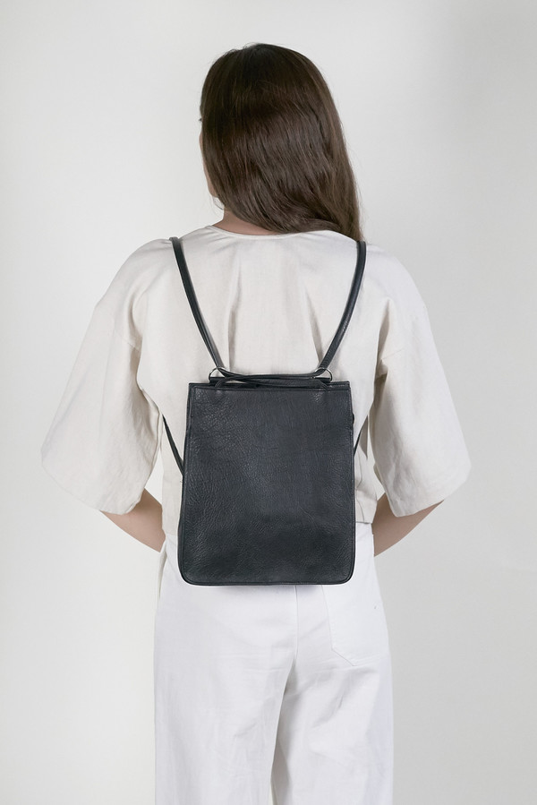 Clyde Best Bag in Black Leather