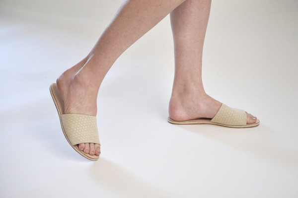 The Palatines Shoes Caelum Slide Sandal - Beige Hex Leather