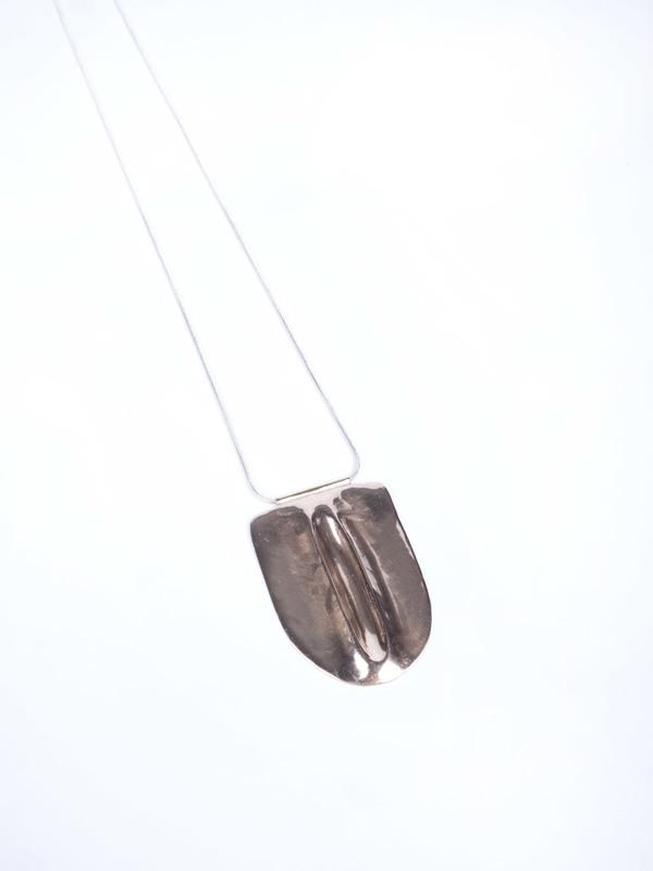 Uni Enola Necklace