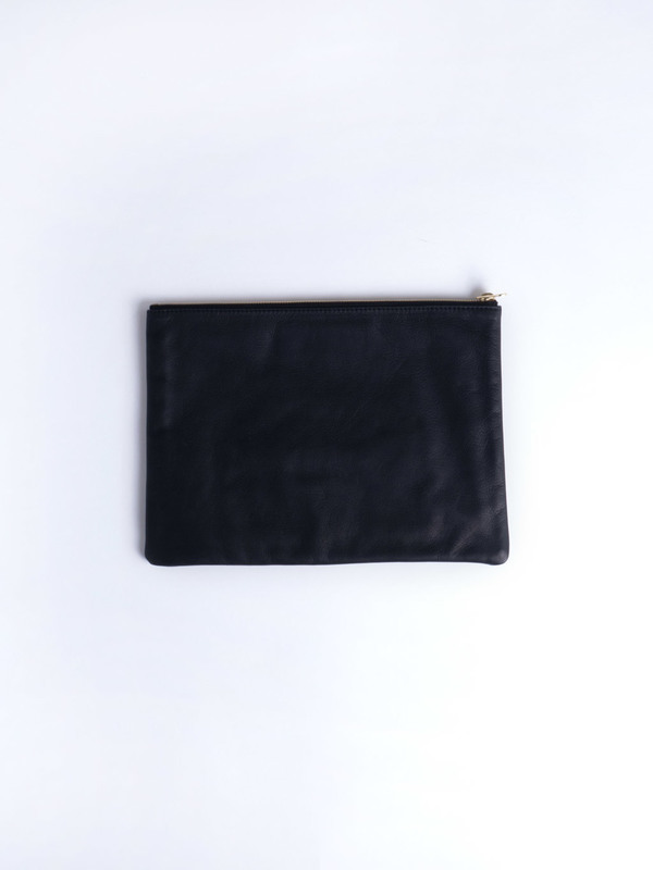 Welcome Companions Lips Pouch