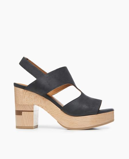 Coclico Varick Sandal in Talco Black